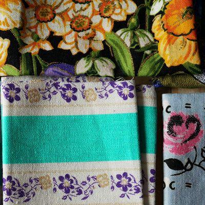 3 verschillende stofjes met bloemenprint
