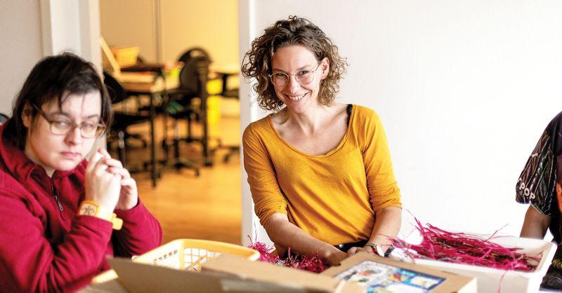 Annelies met Christina bij De Makerij